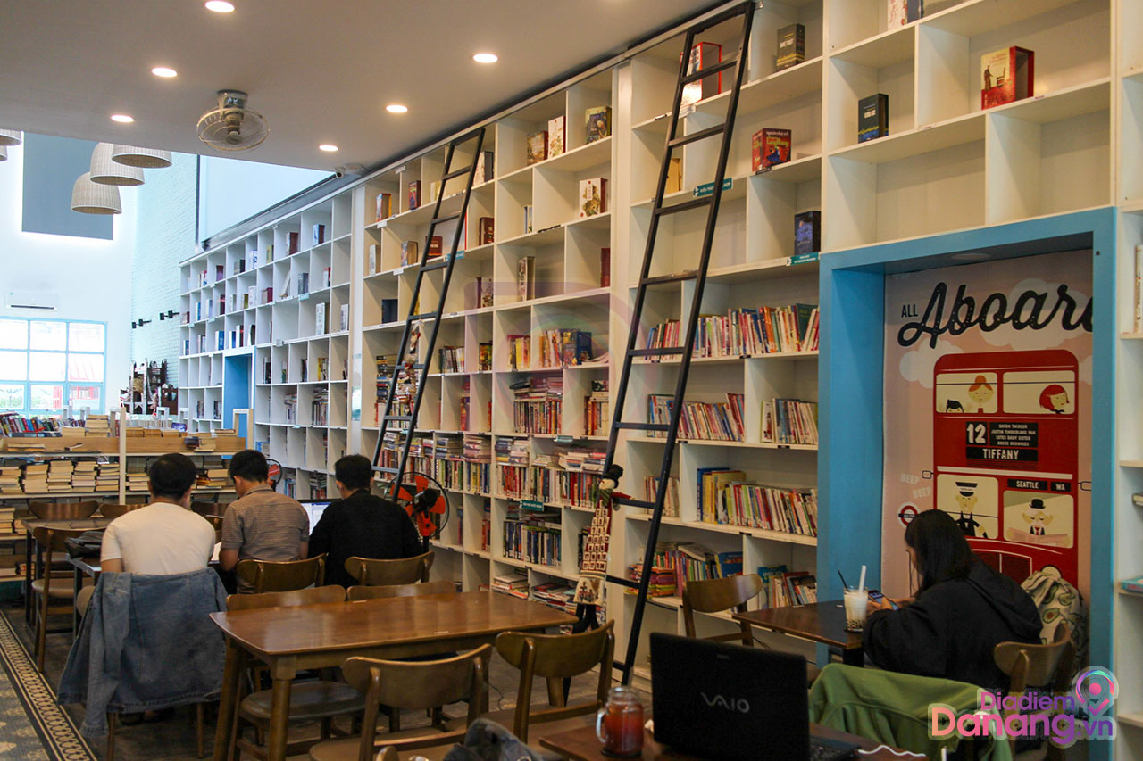 The Books Library & Coffee